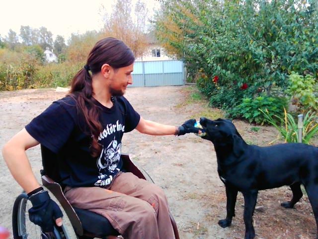 Как травма позвоночника и инвалидность поменяли жизнь Юры