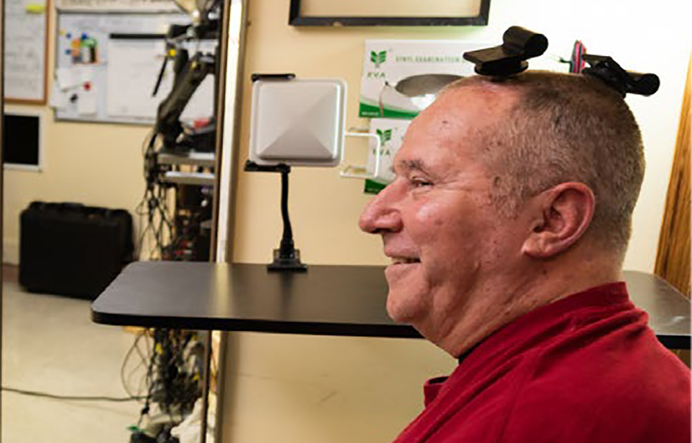 Испытания высокоскоростного беспроводного интерфейса мозг-компьютер впервые прошли в домашних условиях